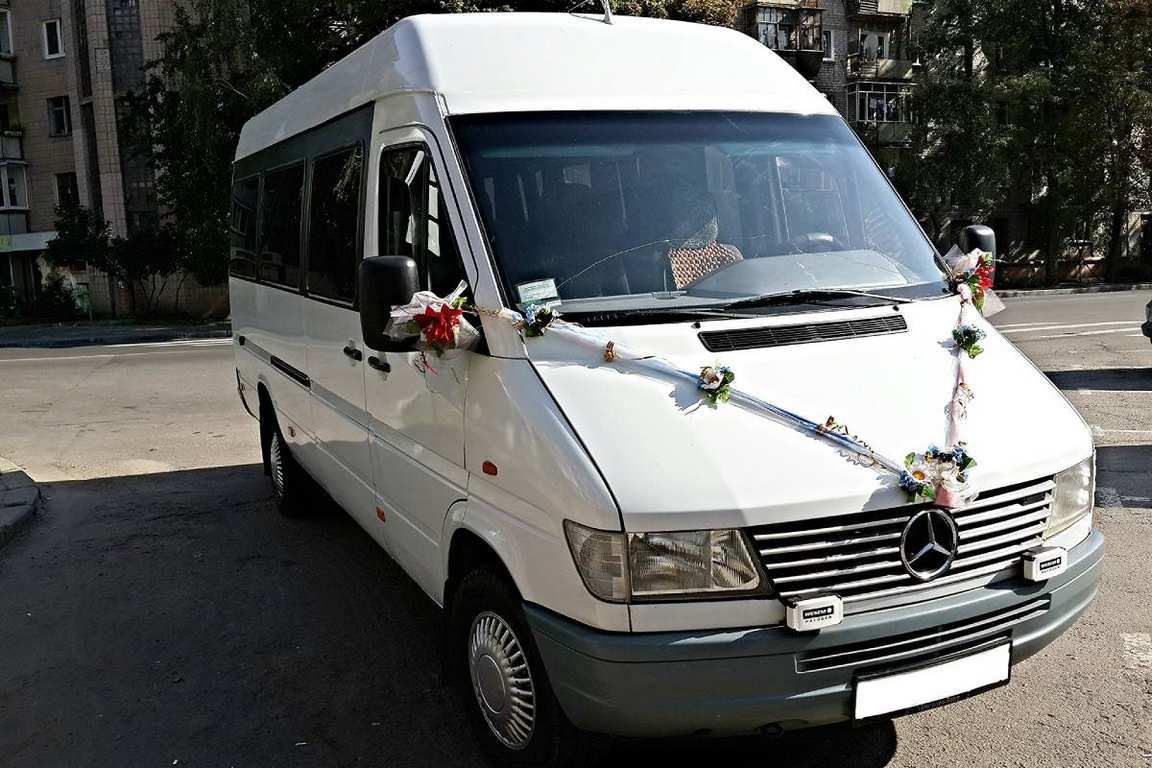 AvtobusMercedesBenzSprinter18mest05