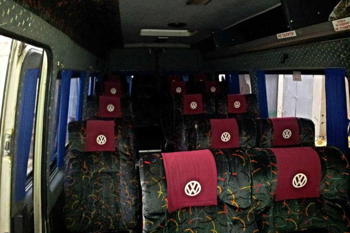 AvtobusVolkswagenLT18mest02