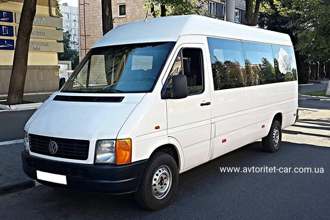 AvtobusVolkswagenLT18mest03