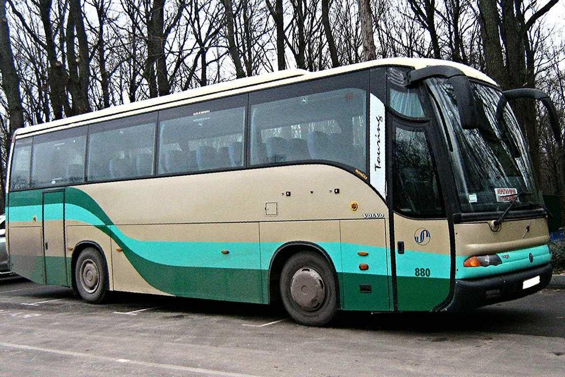 AvtobusVolvo48mest01
