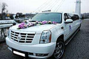 Предоставляем ВИП услуги аренда лимузина в харькове прокат патибаса или джипов на свадьбу торжество в kharkiv kharkiv oblast