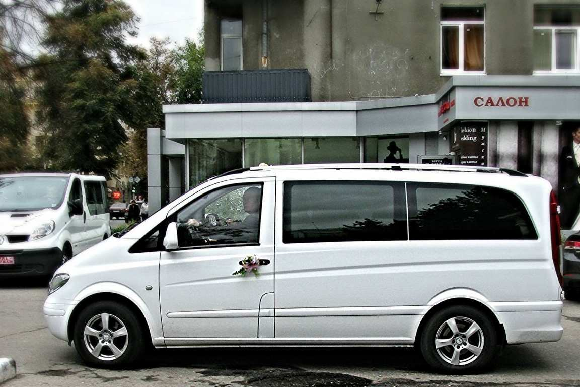 MikroavtobusMercedesVito05