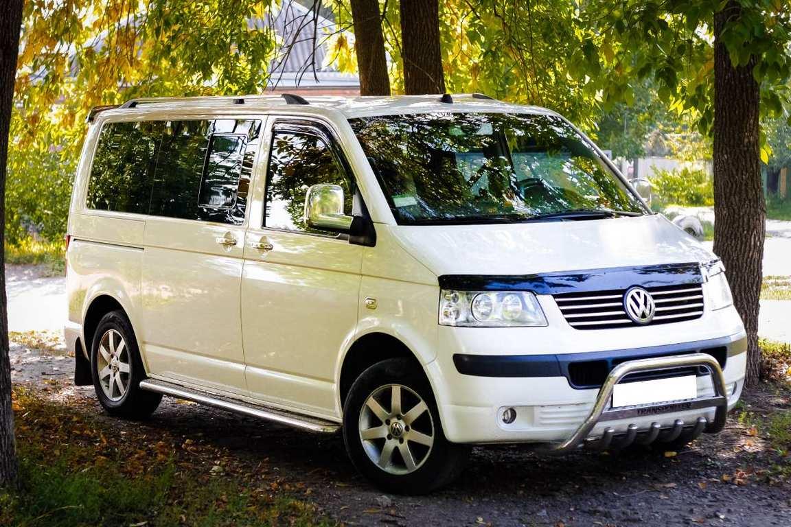 MikroavtobusVolkswagenTransporterT57mest01