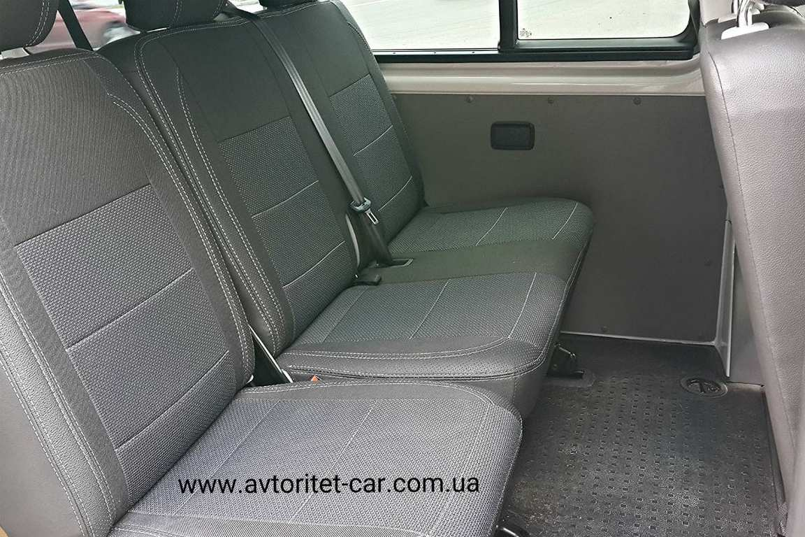 MikroavtobusVolkswagenTransporterT58mest08