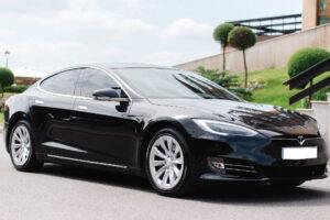 Аренда Tesla в Харькове