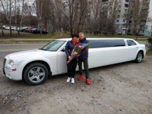 Прокат лимузина Крайслер Харьков