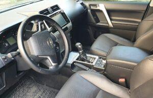 Аренда авто ВИП класса Toyota Land Cruiser Prado 150 в Харькове